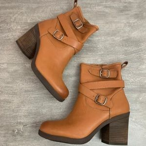 Lucky Brand Camel Leather Boots Sz 8.5